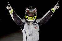 Jenson Button, Brawn GP şampiyonluğu kutluyor