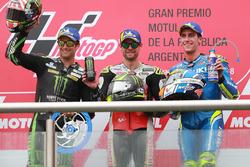 Podio: segundo lugar Johann Zarco, Monster Yamaha Tech 3, ganador de la carrera Cal Crutchlow, Team LCR Honda, tercer puesto Alex Rins, Team Suzuki MotoGP
