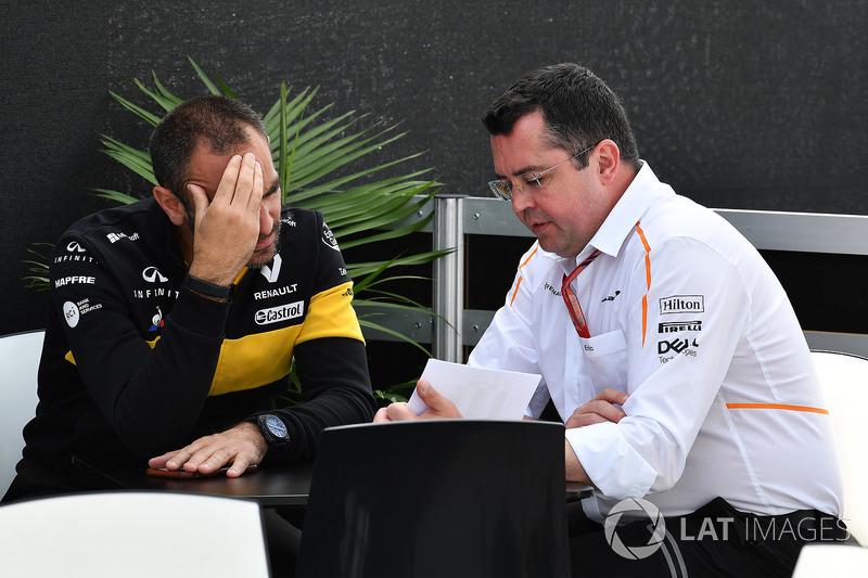 Керівник Renault Sport F1 Сіріль Абітбуль, гоночний директор McLaren Ерік Бульє