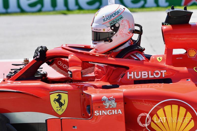 Pole sitter Sebastian Vettel, Ferrari SF71H in parc ferme