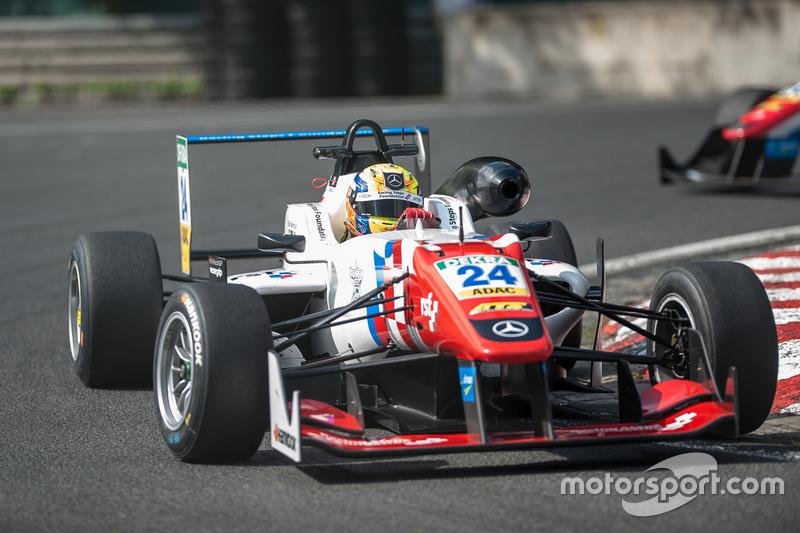 Ben Barnicoat, HitechGP Dallara F312 - Mercedes-Benz