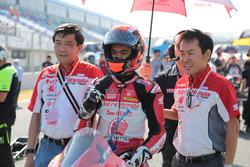 Andi Gilang at the grid start