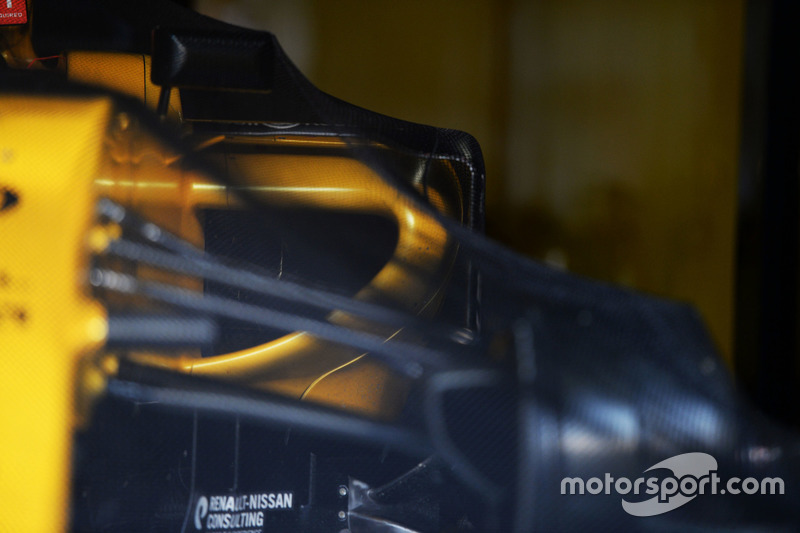 Renault Sport F1 Team RS16 of Kevin Magnussen, Renault Sport F1 Team in parc ferme conditions