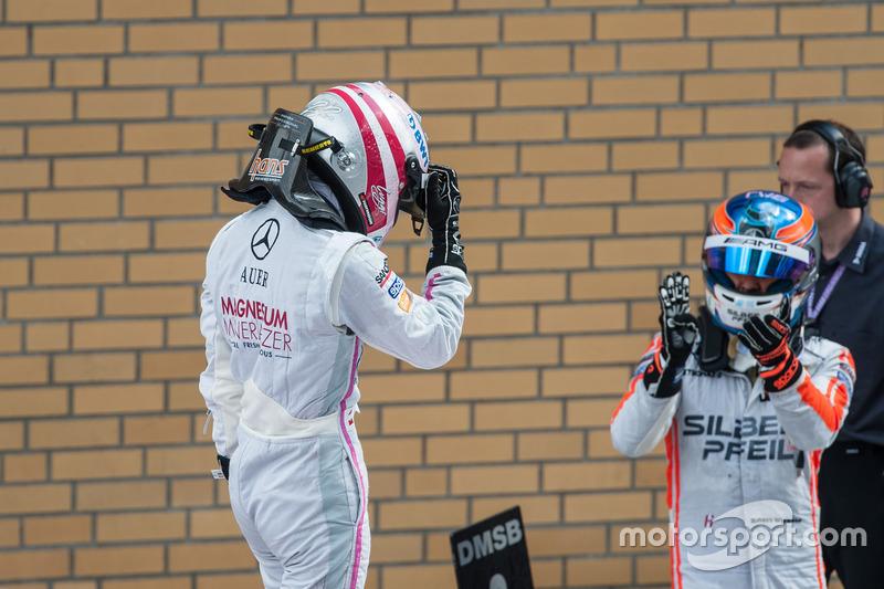 Robert Wickens Mercedes-AMG Team HWA, Mercedes-AMG C63 DTM, applauds winner Lucas Auer, Mercedes-AMG Team Mücke, Mercedes-AMG C63 DTM