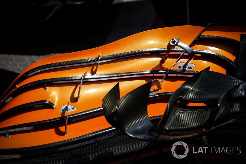 McLaren MCL32, FRontflügel, Lamellen