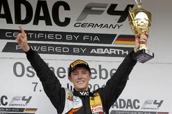 Podium: Sieger Frederik Vesti, Van Amersfoort Racing