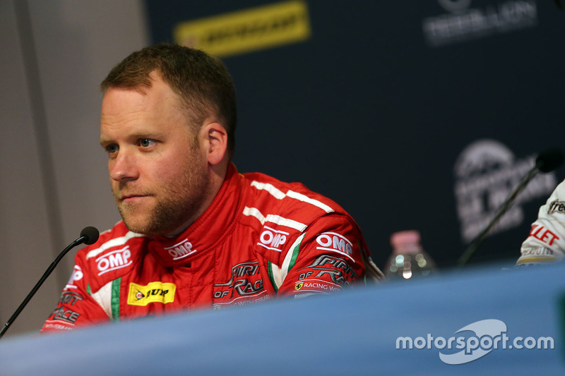 Press Conference: #55 Spirit of Race, Ferrari F488 GTE: Matt Griffin