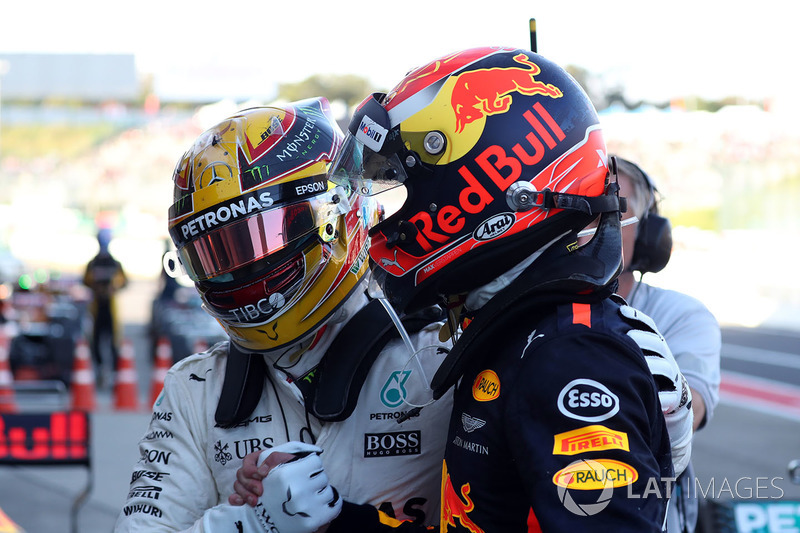 Race winner Lewis Hamilton, Mercedes AMG F1 celebrates with Max Verstappen, Red Bull Racing in parc ferme