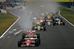Partenza: Gerhard Berger, Ferrari F187 al comando