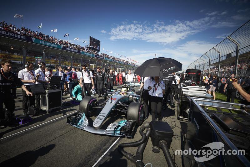 Lewis Hamilton, Mercedes AMG F1, W08
