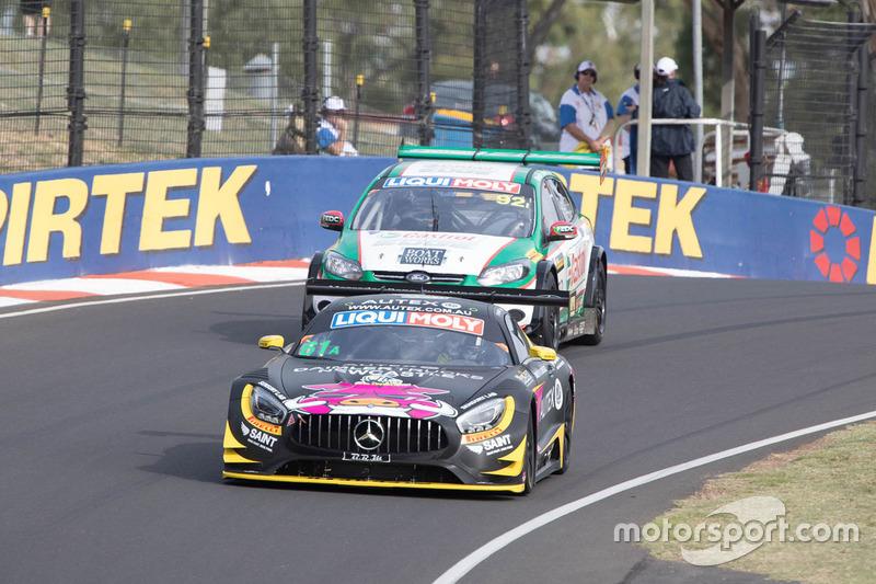 #61 Hogs, Mercedes SLS AMG: Mark Griffith, Dominic Storey, David Reynolds