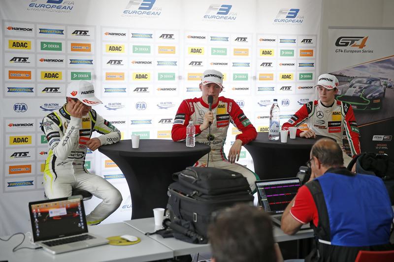Прес=конференція: Ландо Норріс (Carlin Dallara F317 - Volkswagen), Максиміліан Гюнтер (Prema Powerteam Dallara F317 - Mercedes-Benz), Каллум Ілотт (Prema Powerteam, Dallara F317 - Mercedes-Benz)