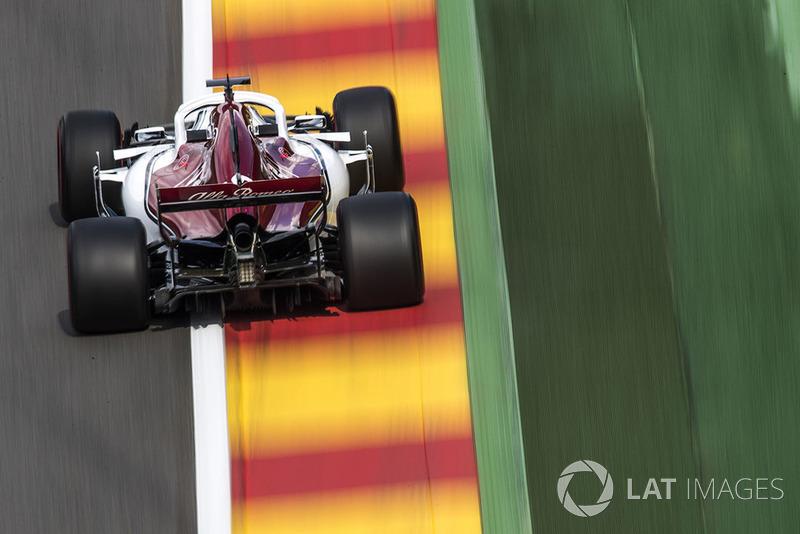 13. Маркус Эрикссон, Alfa Romeo Sauber C37 – 1:44.301