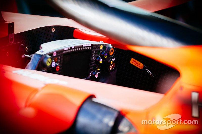Ferrari SF90, steering wheel detail