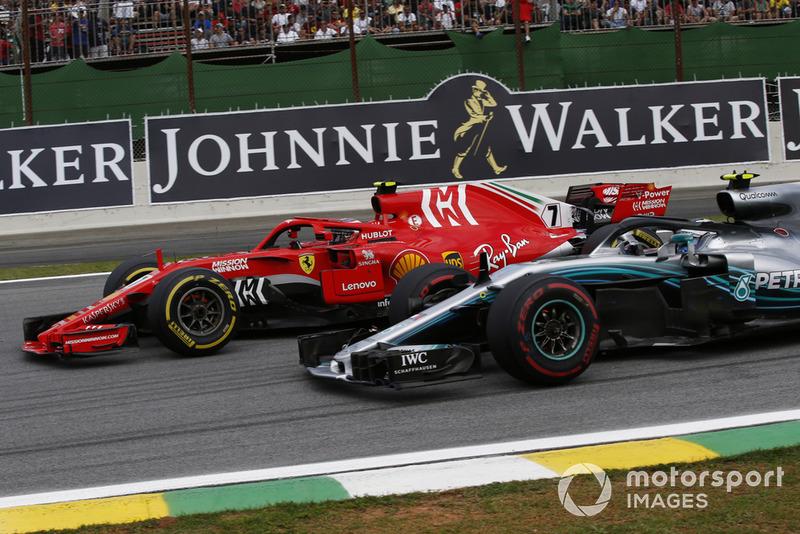 Кімі РАйкконен, Ferrari SF71H, Валттері Ботас, Mercedes-AMG F1 W09