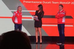 Давіде Тардоцці, керівник команди Ducati Team, Паоло Чіабатті, спортивний директор Ducati Corse