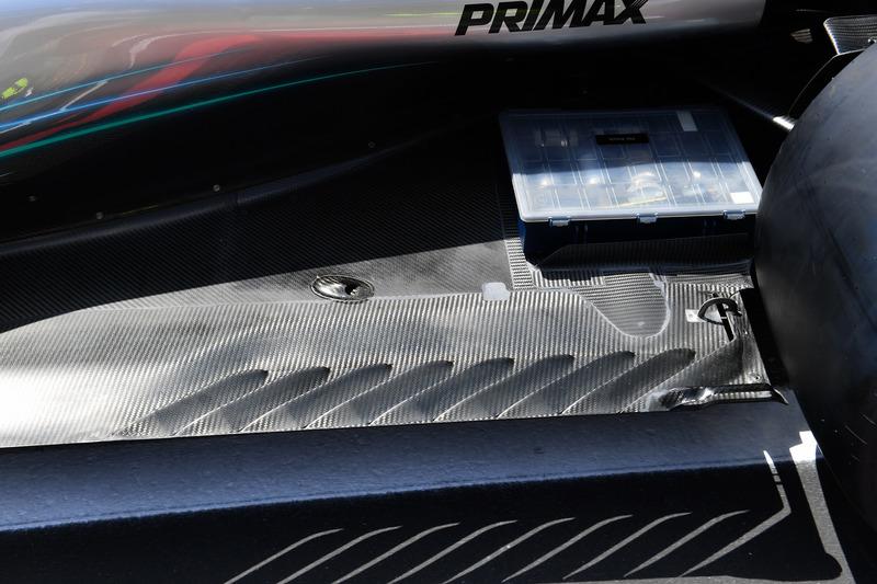 El piso trasero del Mercedes-AMG F1 W09
