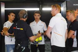 Pascal Wehrlein, Mercedes DTM, et Lando Norris, McLaren