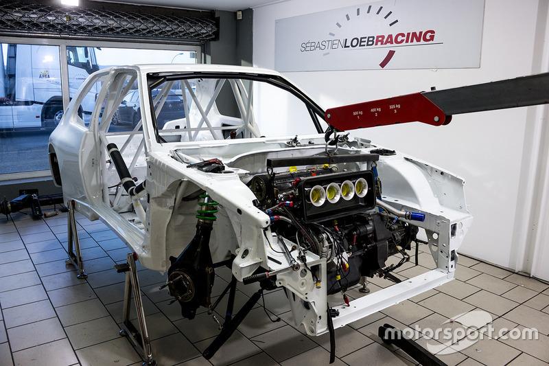 Sébastien Loeb Racing, ricostruzione della Peugeot 306 Maxi