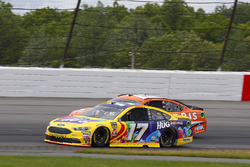 Ricky Stenhouse Jr., Roush Fenway Racing, Ford Fusion Little Hug Fruit Barrels, Daniel Suarez, Jo