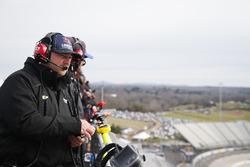 William Byron, Hendrick Motorsports, Chevrolet Camaro Liberty University spotter