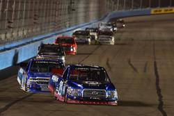 Chase Briscoe, Brad Keselowski Racing Ford, Stewart Friesen, Elaine Larsen Motorsports Chevrolet