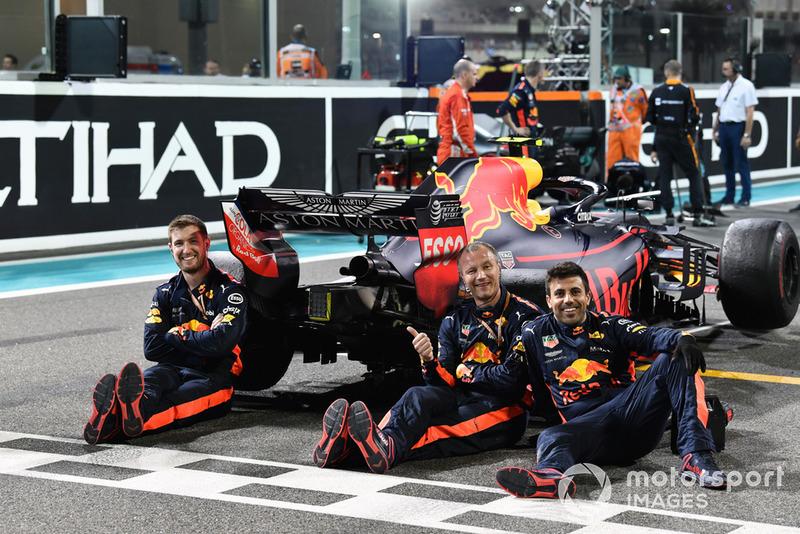 Red Bull: 2.487.815 euros (2.833.454 dólares)