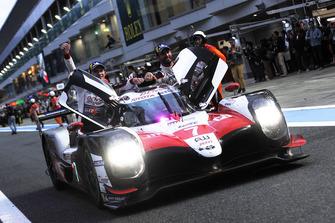 Vainqueurs : #7 Toyota Gazoo Racing Toyota TS050: Mike Conway, Kamui Kobayashi, Jose Maria Lopez