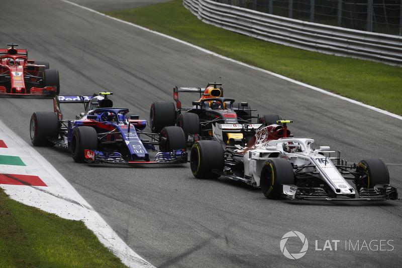 Charles Leclerc, Sauber C37 Pierre Gasly, Scuderia Toro Rosso STR13 yDaniel Ricciardo, Red Bull Racing RB14