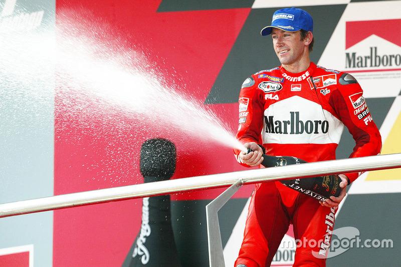 Podio: tercer lugar Troy Bayliss, Ducati Team