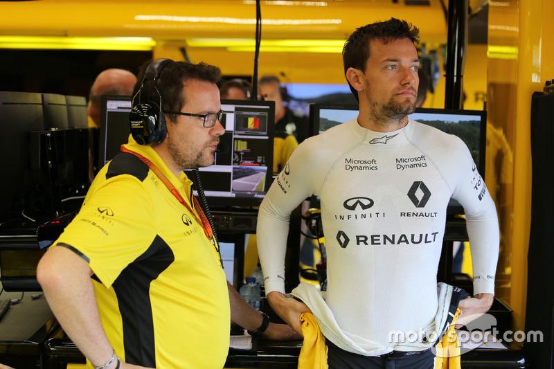 Jolyon Palmer, Renault Sport F1 Team con Julien Simon-Chautemps, ingegnere di pista Renault Sport F1