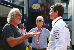 Флавіо Бріаторе, віце-президент Ferrari П'єро Феррарі і керівник Mercedes AMG F1 Тото Вольфф