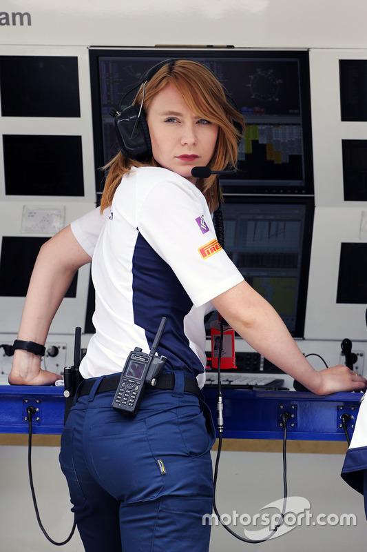 Ruth Buscombe , Sauber