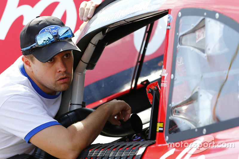 Ricky Stenhouse Jr., Roush Fenway Racing Ford parla a Ryan Reed, Roush Fenway Racing Ford