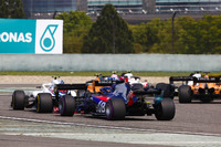 Стоффель Вандорн, McLaren MCL33 Renault, Сергій Сироткін, Williams FW41 Mercedes, Брендон Хартлі, Toro Rosso STR13 Honda
