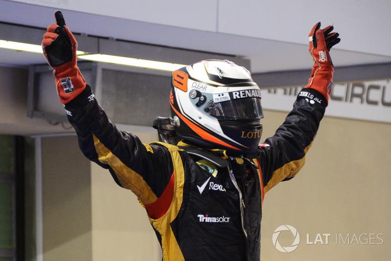 На Гран При Абу-Даби-2012 Кими Райкконен одержал свою первую победу за Lotus. По ходу гонки он сказал в радиоэфире знаменитую фразу «Оставьте меня в покое, я знаю, что делать»