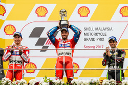 Podyum: Yarış galibi Andrea Dovizioso, Ducati Team, 2. sıra Jorge Lorenzo, Ducati Team, 3. sıra Johann Zarco, Monster Yamaha Tech 3