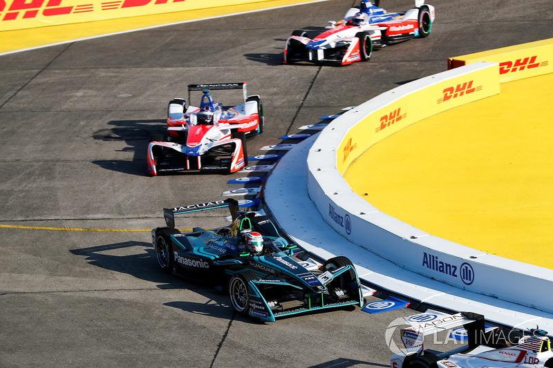 Mitch Evans, Jaguar Racing, Nick Heidfeld, Mahindra Racing, Felix Rosenqvist, Mahindra Racing