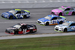 Clint Bowyer, Stewart-Haas Racing Ford, Jimmie Johnson, Hendrick Motorsports Chevrolet, Ryan Blaney, Wood Brothers Racing Ford