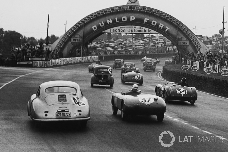 #46 Porsche 356/4: Auguste Veuillet, Edmond Mouche, #37 Simca Gordini: Pierre Veyron, Georges Monneret, #34 Frazer Nash RLM: Richard Stoop, Peter S. Wilson