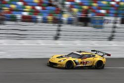 #3 Corvette Racing Chevrolet Corvette C7.R: Антоніо Гарсія, Ян Магнуссен, Майк Рокенфеллер