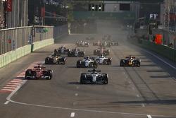 Lewis Hamilton, Mercedes AMG F1 W08, Sebastian Vettel, Ferrari SF70H, Lance Stroll, Williams FW40, D