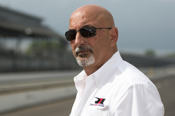 Bobby Rahal, Rahal Letterman Lanigan Racing co-owner