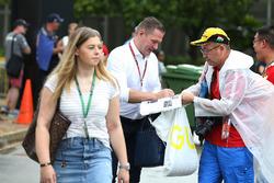 Jos Verstappen, signs an autograph