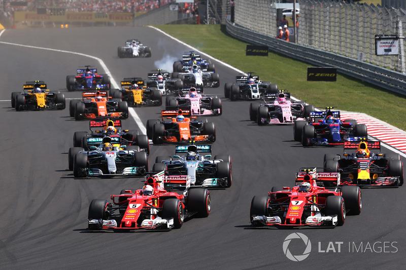 Start zum GP Ungarn 2017: Sebastian Vettel, Ferrari SF70H, führt