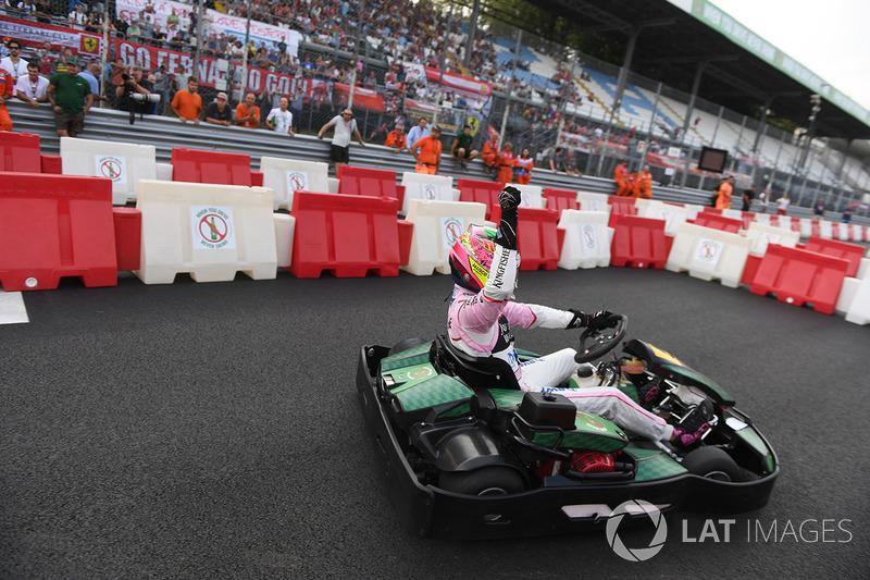 Sergio Perez, Sahara Force India celebrates