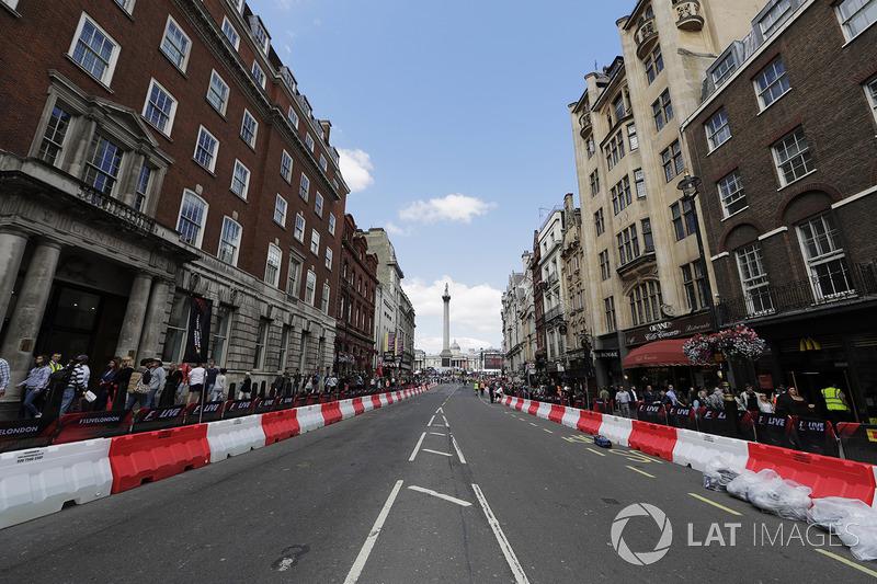 Vorbereitungen für den F1-Showrun in London