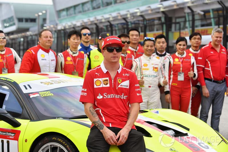 Kimi Raikkonen, Ferrari, Sebastian Vettel, Ferrari und Maurizio Arrivabene, Ferrari Teamchef, Fahrer der Ferrari Challenge Asia Pacific 2017