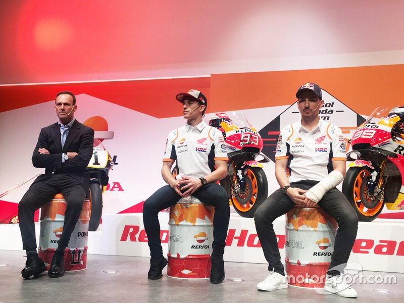 Марк Маркес та Хорхе Лоренсо, Альберто Пуч, керівник команди, Repsol Honda Team