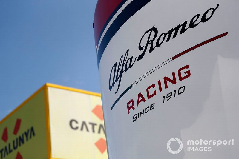Лого Alfa Romeo Racing